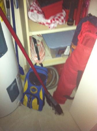 Maui Banyan Condos: More random stuff shoved in the closet