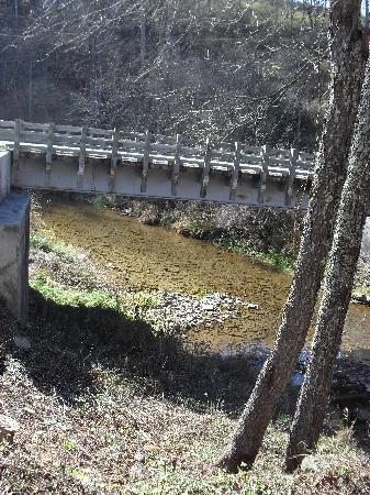 Locust Creek Bridge: locust creek