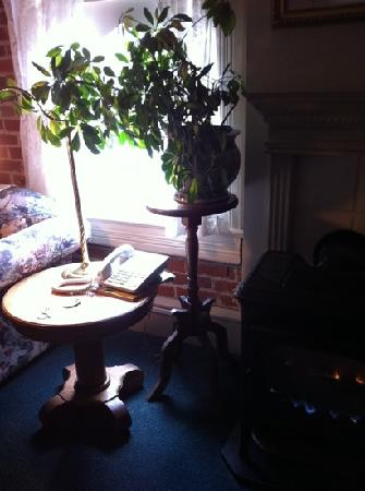 Bishop Victorian Hotel: suite 12