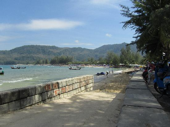 KAMALA BEACH INN: the view after 5 mins walking from the hotel