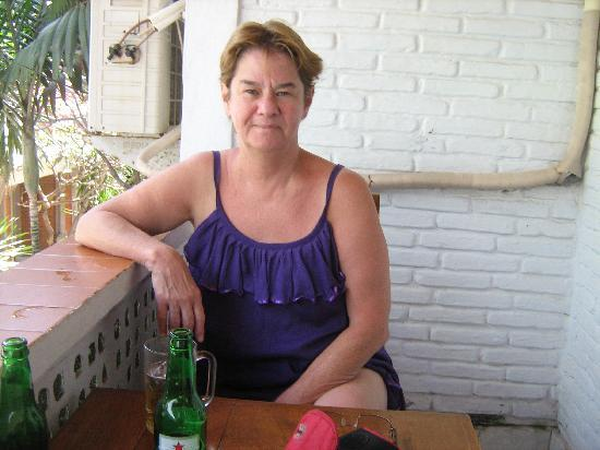 Sayang Maha Mertha: Balcony