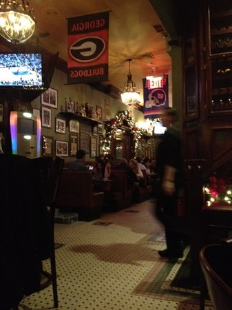 McGee's Pub & Restaurant