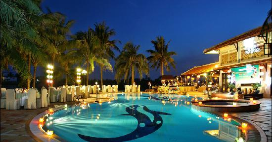 Hoi An Beach Resort: Swimming Pool