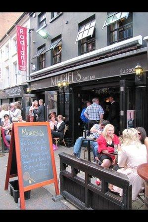 Muriels Cafe Bar