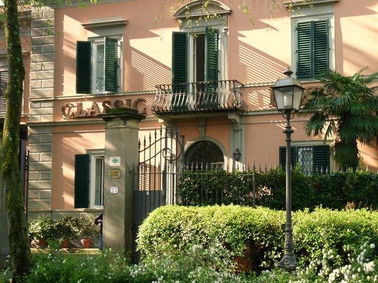 Classic Hotel: Esterno