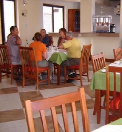 Arusha Tourist Inn: Restaurant