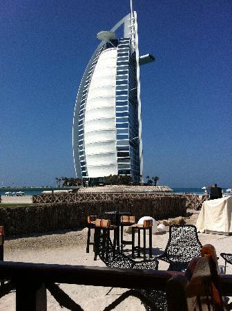Hues Boutique Hotel: Burj Kalifa
