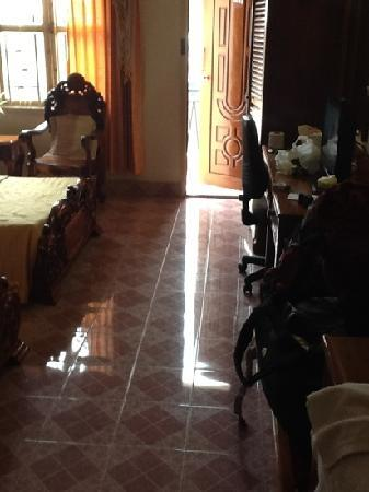 Siem Reap Riverside: room