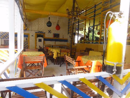 Cabanas Agua Dulce : Café da manhã / restaurante