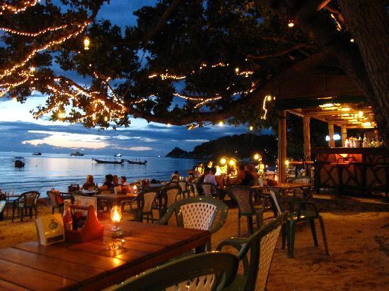 Saireehut Resort: ambiance au couché du soleil