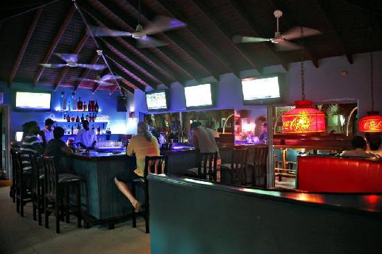 The Blue Room Sports Bar & Grill : Around the Bar at the Blue Room.