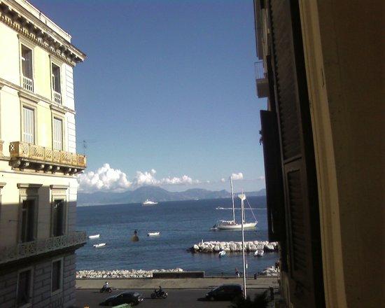 Latomare: vista dal balcone della camera