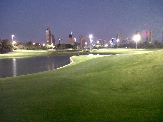 The Emirates Golf Club: View of the 18th