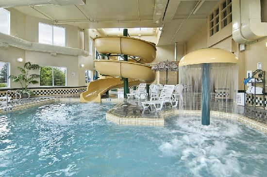 Edmonton Airport Hotel With Waterslide