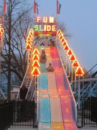 Dutch Wonderland: Fun slide