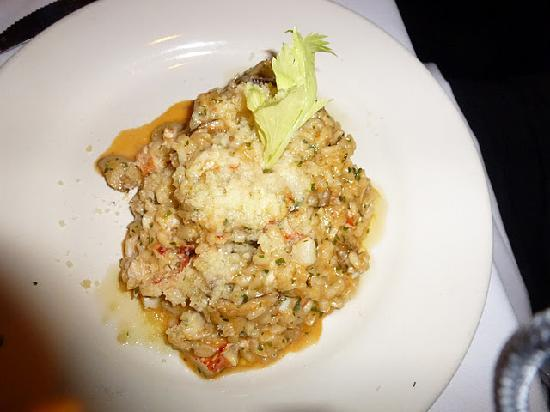 Risotto with lobster and mushrooms