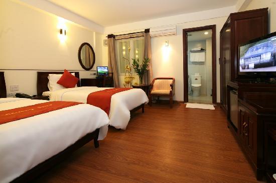 Hanoi Charming 2 Hotel: Room
