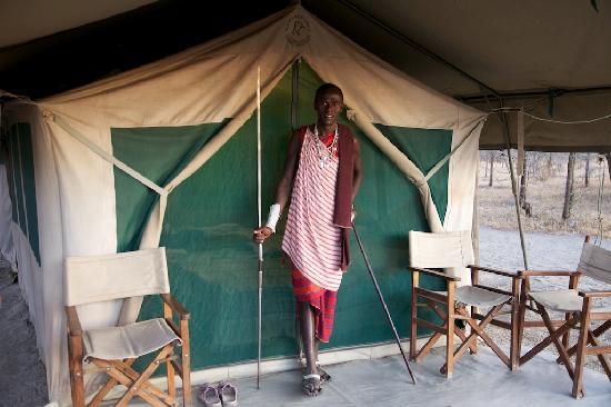 ‪‪Whistling Thorn Tented Camp‬: this Maasai hunter kept the camp safe at night. from lions. pretty awesome !‬