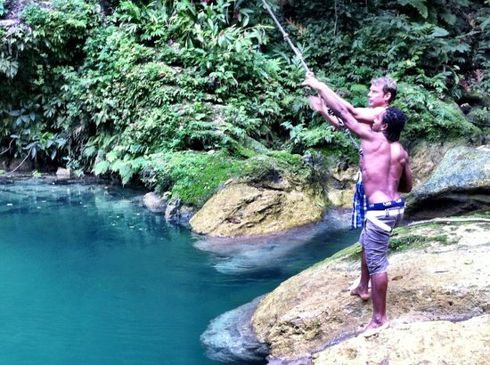 Peat Taylor Tours: Blue Hole!  Jahvier teaching my husband to use the rope swing