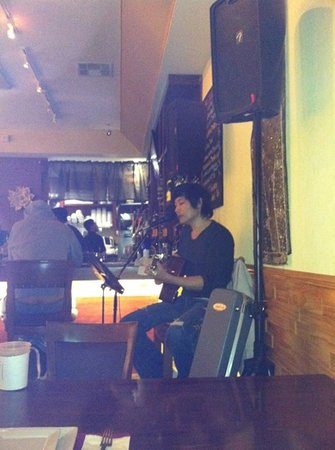 Thai On Main: great food and beautiful music