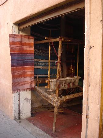 ‪‪Riad Dar Al Kounouz‬: A loom in a small house‬