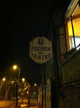 Ristorante Teatro Alberti: pizzeria del teatro