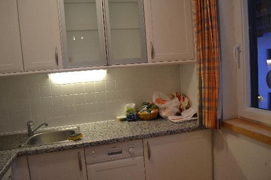 Gasthaus Roessl: Kitchen