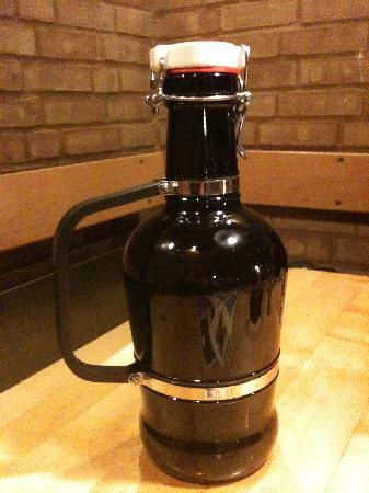 Brauhaus Ernst August: 2l Beer Bottles