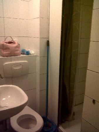 Amsterdam Hostel Orfeo: baño