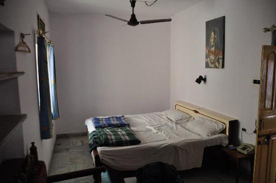 Hotel Karni Niwas: room