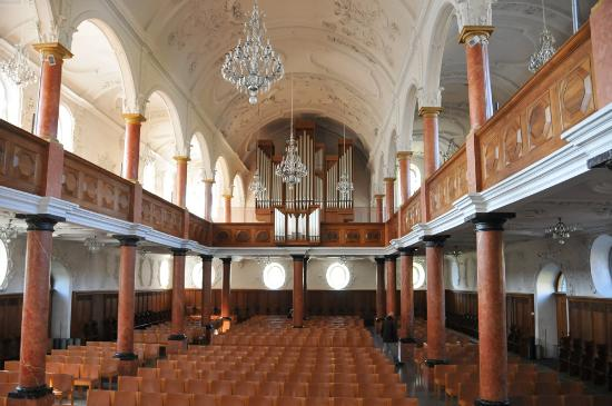 St. Peterskirche: Another interior shot