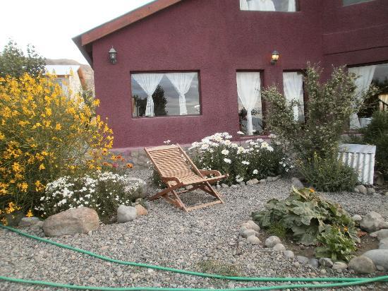 Hosteria Rukahue: Jardín para disfrutar el atardecer