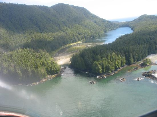 Air Nootka: Photo from plane
