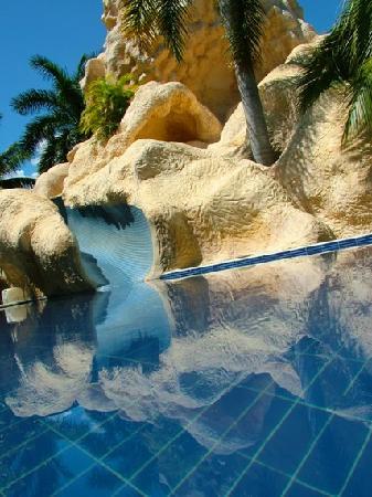 Ixtapa Palace Resort & Spa : Pool 2 - Tobogan Pool Area