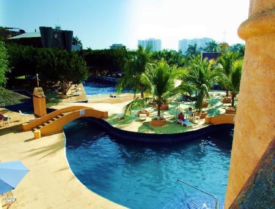 Ixtapa Palace Resort & Spa: Lazy River