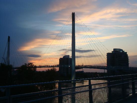 Bob Kerrey Pedestrian Bridge : On the Bob Kerrey Bridge at Sunset
