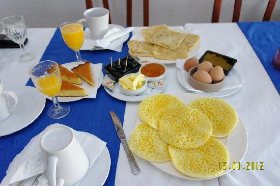 Hotel Issa-Blanca : un petit dejeuner vraiment superbe si vous voulez avoir le gout de ce que vous voyer aller y