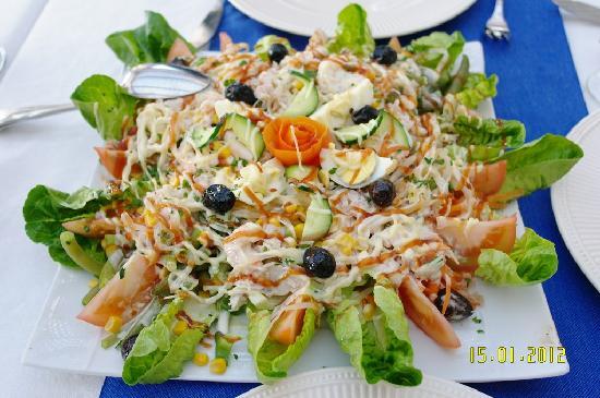 Hotel Issa-Blanca : une petite salade
