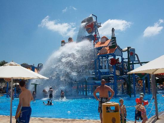 Fasouri Watermania Water Park: For little kids..and big kids!!