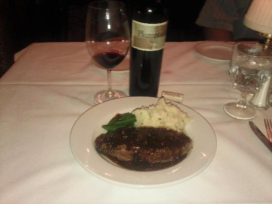 Hy's Steak House - Waikiki: pepper steak