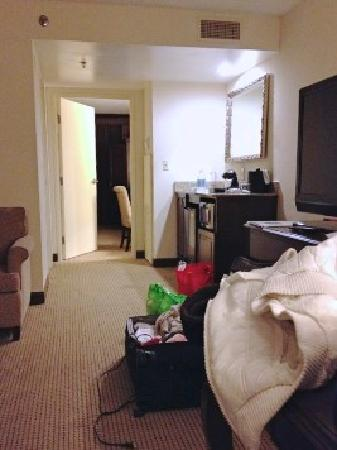 Embassy Suites by Hilton Philadelphia Airport: 2 ROOM SUITE-2 DOUBLE BEDS