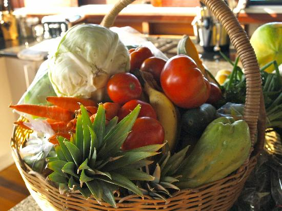Secret Bay: Organic vegetables at Zabuco