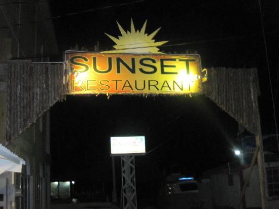 Sunset Grill: Entrance Sign