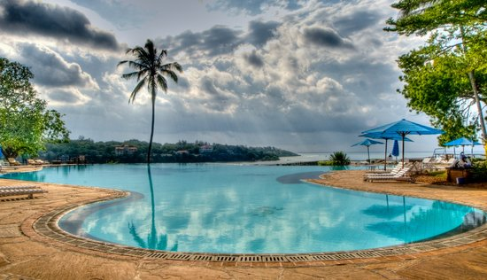 Kilifi, Kenya : Mnarani Swimming Pool