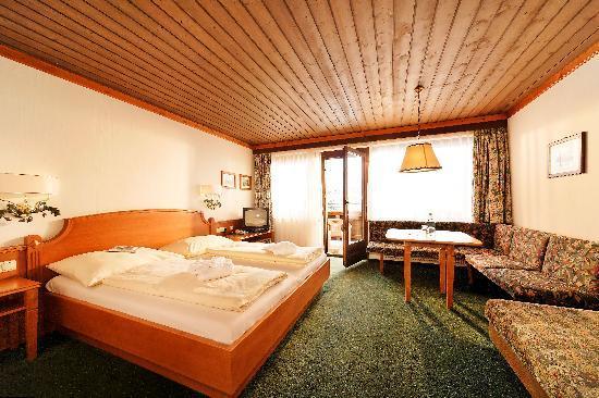 Doppelzimmer Picture Of Sporthotel Kogler Mittersill Tripadvisor