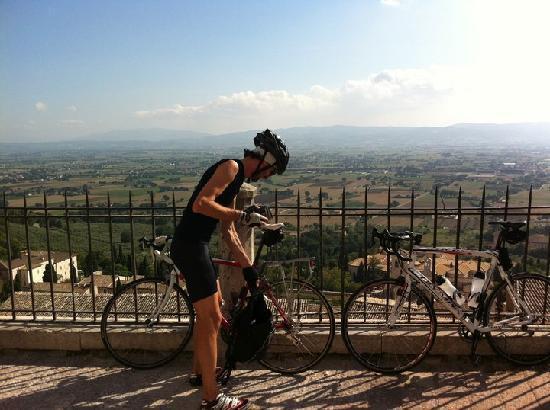 Le Ginestre Bed and Breakfast Assisi: una bella scmpagnata in bici