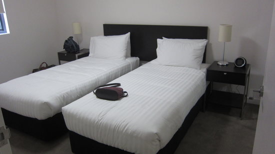 Quality Apartments City Centre Newcastle : bedroom 1 - we asked for two single beds