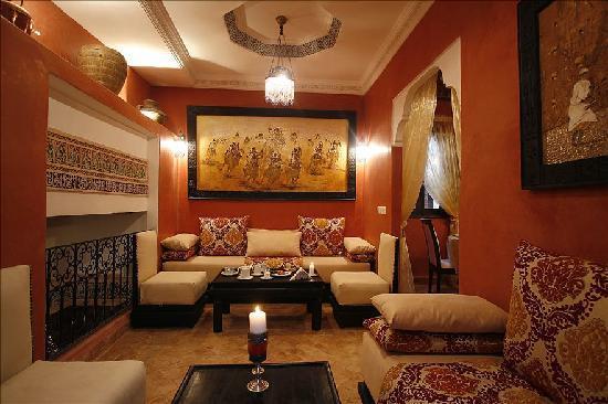 Riad Al Rimal: salon marocain