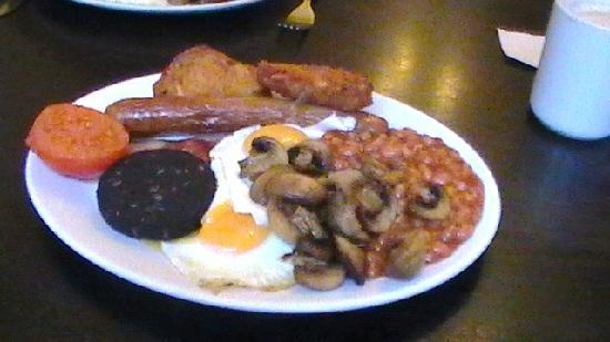Bay View Hotel Weymouth : our breakfast in cafe around corner called the brunch £6.50 buy 1 get 1 half price + toast n cof