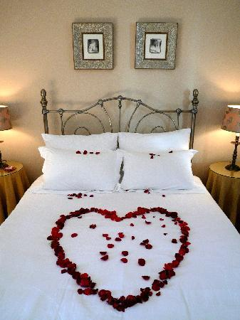 Zephyrus Boutique Accommodation: Valentine's Day At Zephyurs